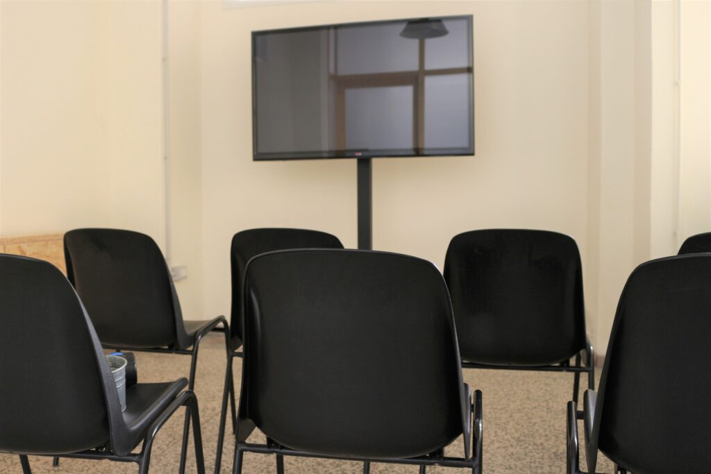 sala-riunioni-platea